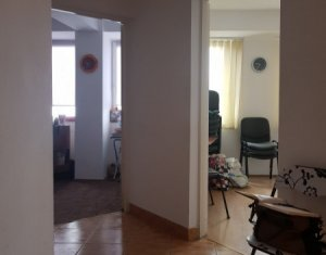 Apartament 2 camere, 58 mp, zona Centrala, ideal familie sau investitie