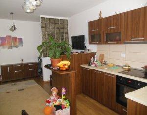 Vanzare apartament cu 3 camere, modern, mobilat si utilat, Floresti, Eroilor
