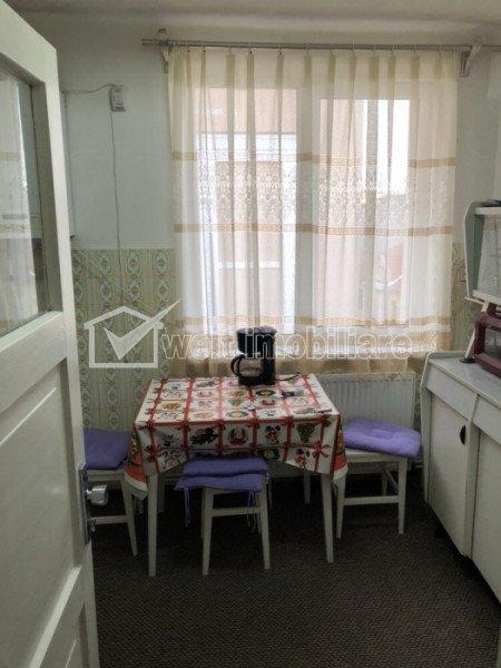 Vindem apartament cu o camera in centrul orasului Cluj