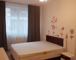 Inchiriere apartament 2 camere, mobilat si utilat in centrul orasului.