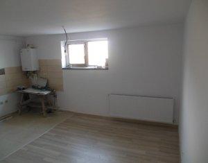 Vanzare apartament cu 2 camere, constructie 2017, strada Razoare