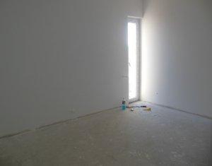 Lakás 4 szobák eladó on Floresti