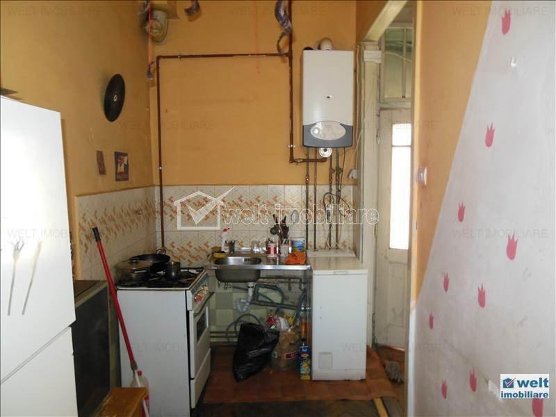 Vanzare apartament 2 camere, central, zona Piata Mihai Viteazul